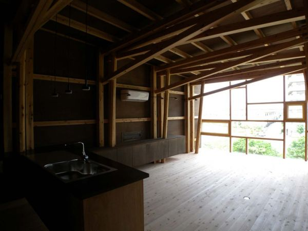 Contemporary Cedar Built Home In Osaka Japan (7)