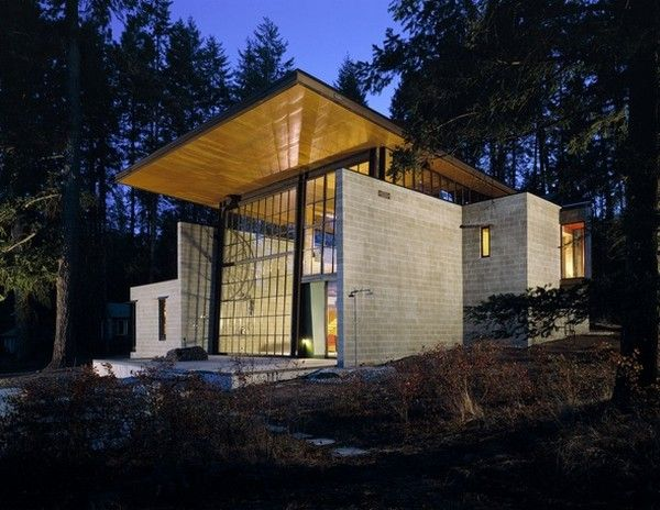 Lakeside Chicken Point Cabin Nestled in the Woods by Olson Kundig Architects (11)