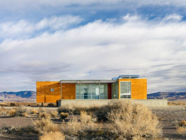 Rondolino Residence by nottoscale 4 Absolute Comfort Shaping Nevada Desert Vacation Home