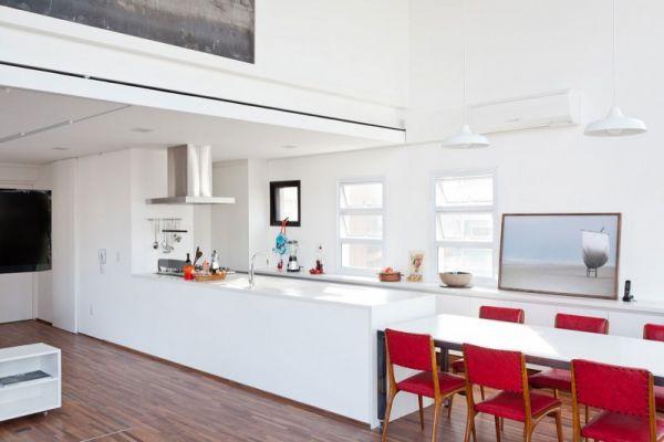 Cozy Fidalga 727 Duplex Apartment in Brazil by Sub Estudio (13)