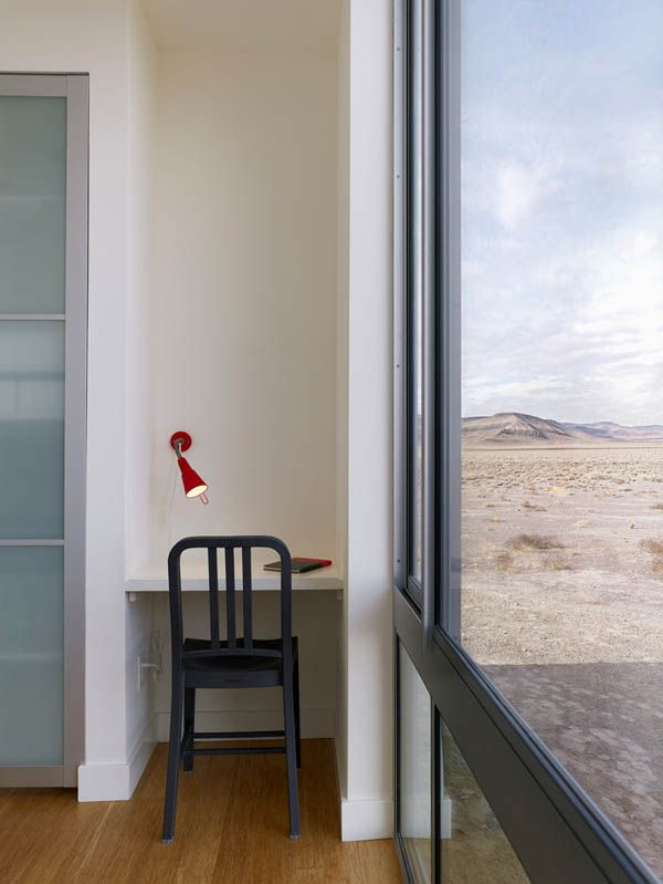 Rondolino Residence by nottoscale 10 Absolute Comfort Shaping Nevada Desert Vacation Home